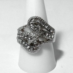 Ring Size 8.5 Simulated Diamond 374